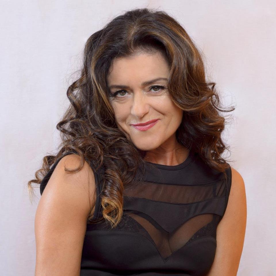 María Costas Cantante, actriz, vocal,  coach