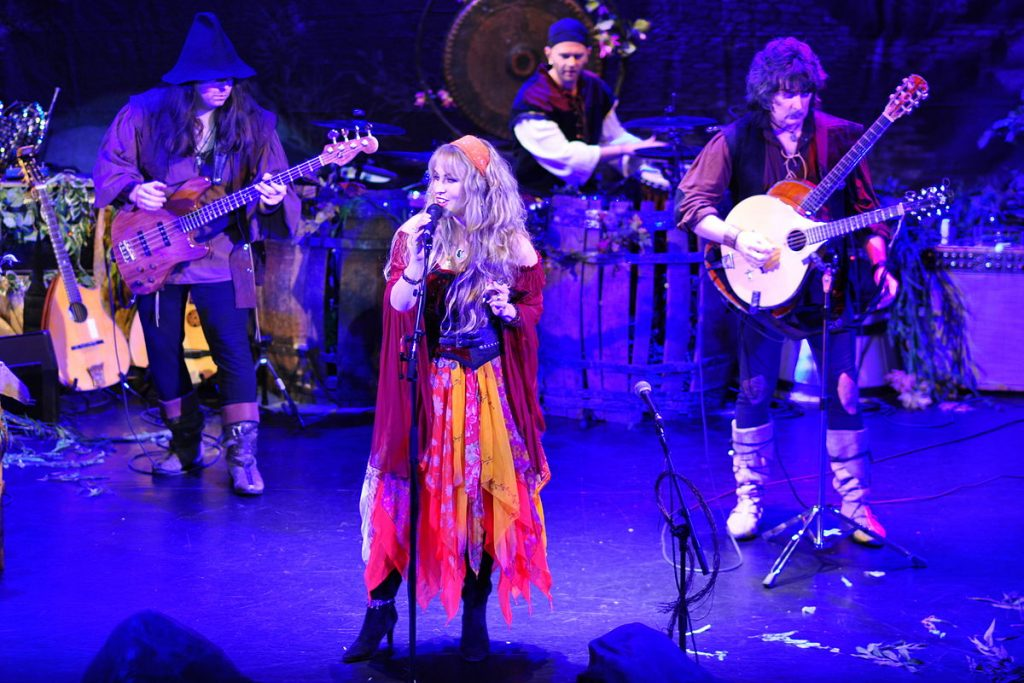 1200px-Blackmore's_Night_in_2012